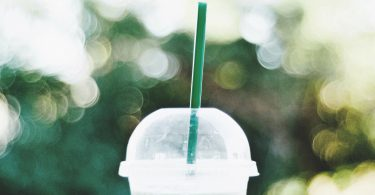 What does Starbucks have to do with Anthropology? Well, people watching is one of the best things to do EVER! www.channongray.com // heythereChannon #Starbucks #Anthropology