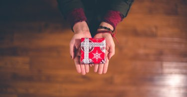Budgeting in Time for Christmas as a Student // heythereChannon